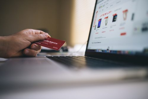Online-to-Offline Commerce Trends-o2o-commerce-malaysia-von-lim-myvpsgroup