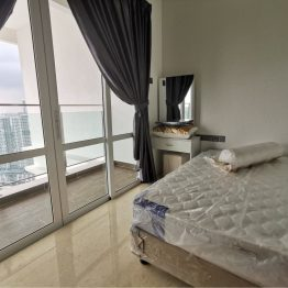 Balcony-Room-Tri-Tower-Johor-Bahru-Room-Rental-MyVpsGroup-Digital-Marketing-Malaysia-1