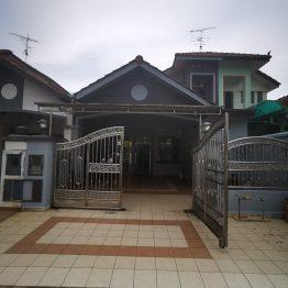 Master-Room-Impiam-Emas-Johor-Bahru-Room-Rental-MyVpsGroup-Digital-Marketing-Malaysia-2